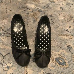 Beautiful shoes heels size 9 by Wide Diva